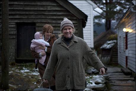 FILMCOMEBACKET: Liv Ullmann og Juliane Köhler i filmen «To liv». Foto: Norsk Filmdistribusjon