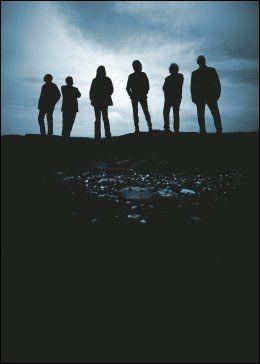 MØRKEMENN: Slik fremstår Hellbillies på omslaget av den nye platen. Foto: EMI