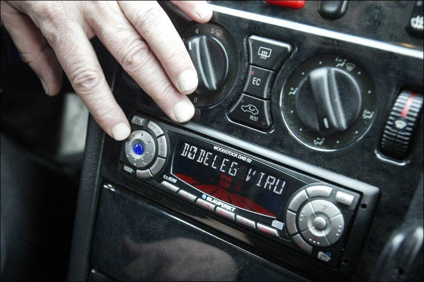 PROBLEMATISK: Bilradioen lager problemer for norske bilutleiere. Foto: Bjørn Aslaksen/VG