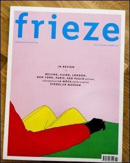 PÅ FORSIDEN: Pushwagners «Push The Button» fra 2009 pryder siste utgave av Frieze. For første gang på over 20 år havner en norsk kunstner på forsiden av et ledende internasjonalt kunstmagasin.