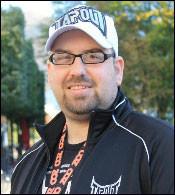 FØLGER UFC TETT: Tarjei Nymark Mørkve er redaktør for nettstedet MMA Norway og har fulgt UFC-sirkuset i ti år. Foto: Privat Foto: