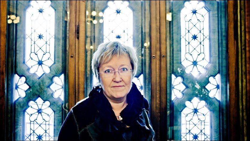 KRITISK: Høyres skoletalskvinne Elisabeth Aspaker mener det haster å få innført femårig utdanning for lærere. Foto: Krister Sørbø/VG