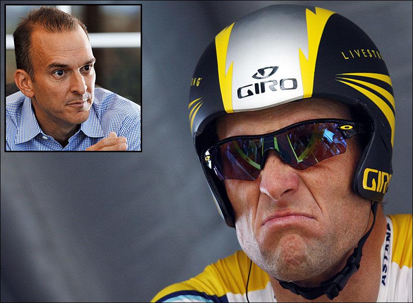 IKKE BESTEVENNER: Lance Armstrong har stått for tidenes fall i idrettsverden etter at han ble dopingtatt i høst. Travis Tygart i USADA (innfelt) er mannen som felte ham. Foto: AP