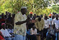 Obamas halvbror blir politiker i Kenya
