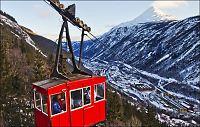 Denne taubanen gir sol - vinter i Rjukan
