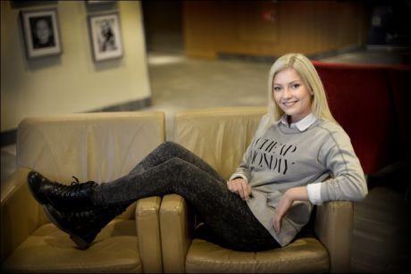 AVSLAPPET: Astrid Smeplass er bare 16 år gammel, men kjemper om en plass i «Idol»-finalen. Foto: Robert S. Eik, VG