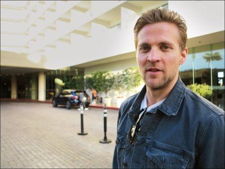 I HOLLYWOOD: Tobias Santelmann er innlosjert på eksklusive The Beverly Hilton hotell sammen med «Kon-Tiki»-gjengen før utdelingen natt til mandag. Foto: INGVILL DYBFEST DAHL Foto: Ingvill Dybfest Dahl, VG