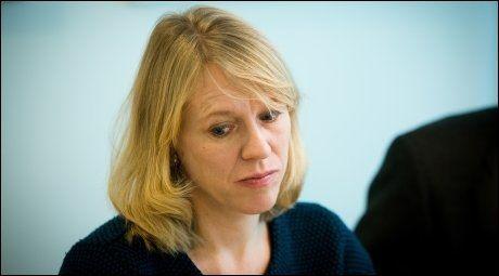 Arbeidsminister Anniken Huitfeld mener departementet var nødt til å komme med presiseringen i regelverket, da de døvblinde er mer aktive nå enn før. Arkivfoto: Jan Petter Lynau.