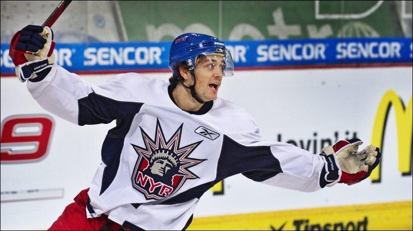 GJØR COMEBACK: Mats Zuccarello Aasen er klar for en retur til NHL og Madison Square Garden der han har moret seg som New York Rangers-spiller før. Foto: Mattis Sandblad, VG