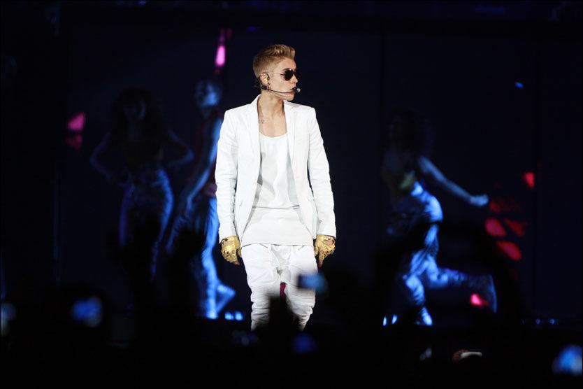 NORGESKLAR: Justin Bieber spiller tre konserter i Oslo neste uke. Foto: AP