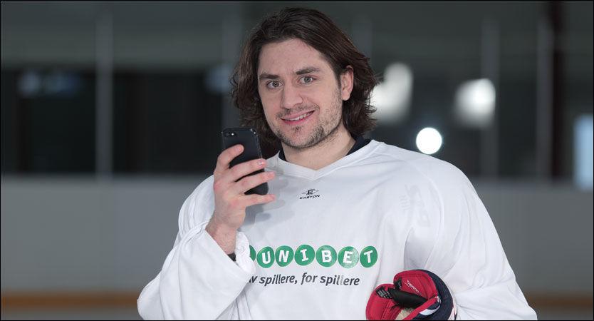 REKLAMEFIGUR: Mats Zuccarello skal promotere et utenlandsk spillselskap under ishockey-VM. Det gir trøbbel for ishockeylandslaget. Foto: Unibet