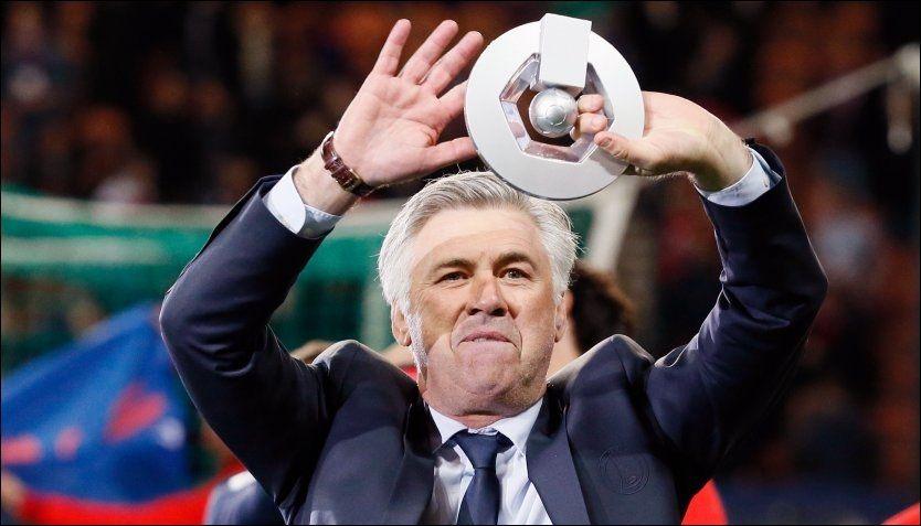 REAL DRØM: Carlo Ancelotti feirer ligagull med PSG i Frankrike. Nå vil han til Spania, men får nei. Foto: Kenzo Tribouillard, Afp