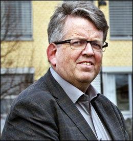 VENTER: Overgrepstiltalte Rune Øygard venter på juryens avgjørelse om han er skyldig eller ikke. Foto: Geir Olsen / NTB Scanpix