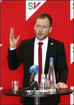 TALETID: SV-leder Audun Lysbakken er streng på taletid, også for Lahlum. Foto: TROND SOLBERG