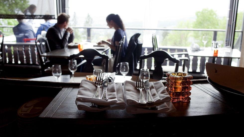 Holmenkollen restaurant anmeldelse