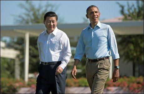 KRITIKK: USAs president Barack Obama (t.h.) har måtte tåle kraftig kritikk etter at overvåkningen ble kjent. Her er han sammen med den kinesiske president Xi Jinping under et statsbesøk i helgen. Foto: AP, NTB SCANPIX