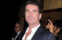 Kvinne kastet egg på Simon Cowell
