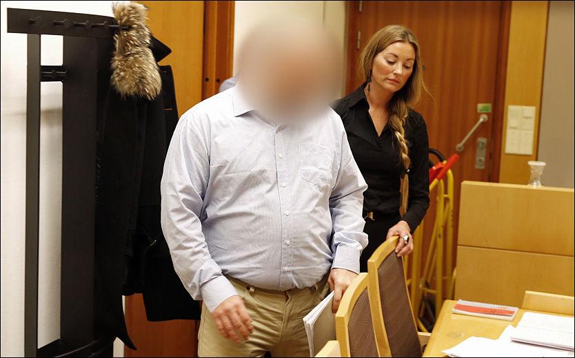 SKUFFET: 38-åringen fra Sunnmøre, som nå er tiltalt for drapet på Sigrid, ser på det som et ledd i politiets og helsevesenets forfølgelse av ham. Foto: TROND SOLBERG