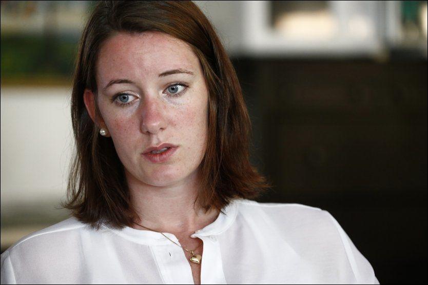 FORTVILET: VG møtte Marte Deborah Dalelv (24) på Sjømannskirken i Dubai torsdag denne uken. Hun er svært preget av den tøffe tiden hun har vært gjennom etter at hun anmeldte en kollega for voldtekt.