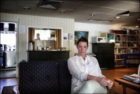 FAST I DUBAI: Marte Deborah Dalelv (24) bor i den norske sjømannskirken i Dubai inntil ankesaken kommer opp i september. Hun er tom for penger og må få hjelp av foreldrene til å betale advokatutgiftene.