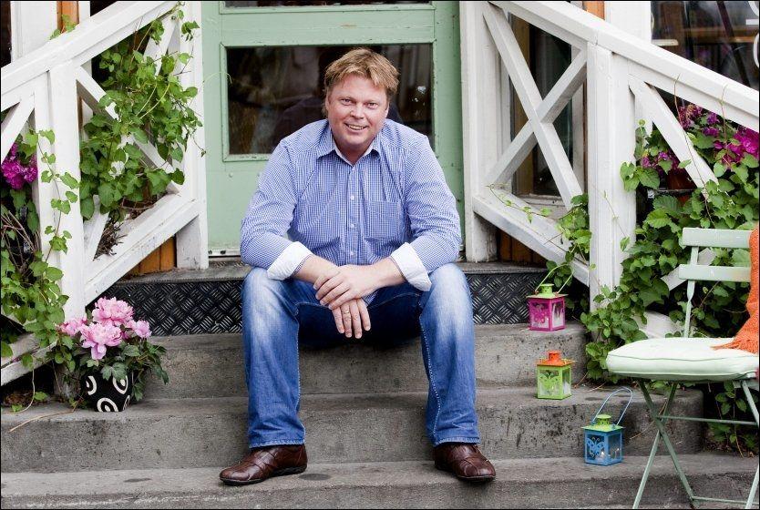 BLANKE ARK: Krimforfatter Jørn Lier Horst starter et nytt kapittel i livet. Nå blir huset i Stavern hjemmekontor. Foto: Alf Øystein Støtvig.