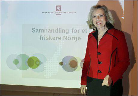 FORNØYD: Daværende helseminister Anne-Grete Strøm-Erichsen var fornøyd da hun la frem samhandlingsreformen i 2011. Foto: NTB Scanpix