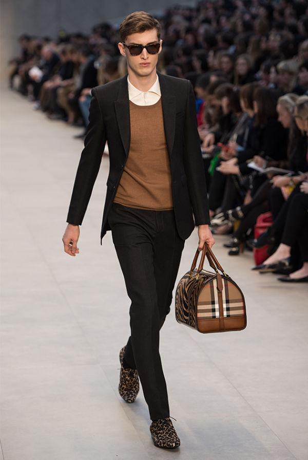 Er du mann nok til å bære en veske? MinMote.no Norges