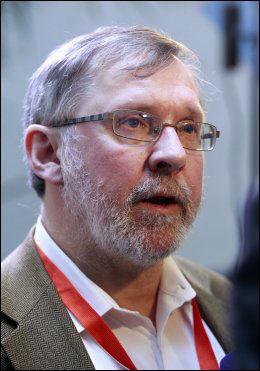 - TRYGGE VALG: Politisk redaktør i Aftenposten, Harald Stanghelle, mener Siv Jensen iike har valgt politikere som representerer den gamle «Frp-sjelen». Foto: NTB SCANPIX