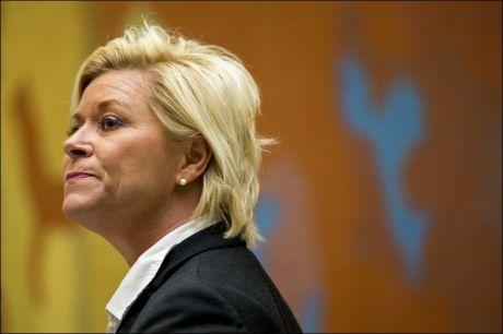 BEKLAGER AVGANGEN: Frp-leder og finansminister Siv Jensen fotografert i Vandrehallen på Stortinget. Foto: Erlend Aas / NTB scanpix