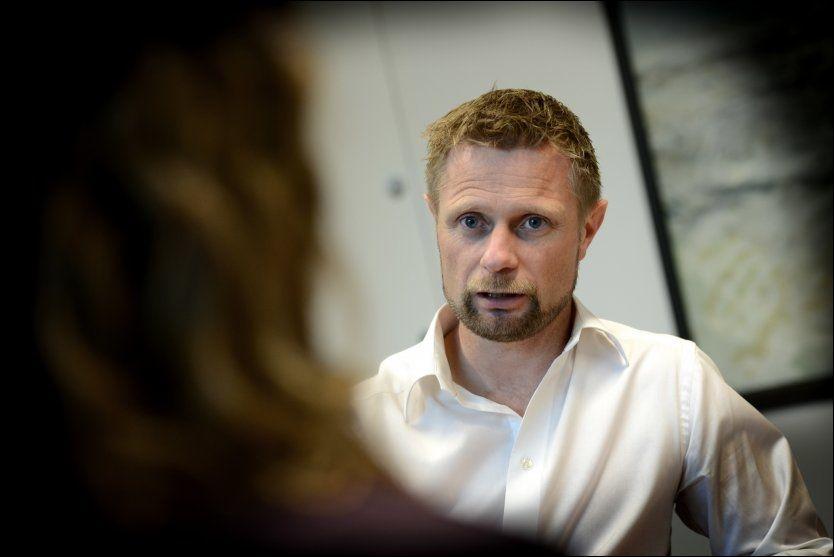 GRIPER FATT: - Vi tar sikte på å legge fram en proposisjon før påske, sier helseminister Bent Høie (H). Foto: Harald Henden