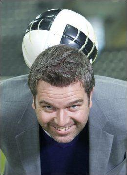 NY SJANSE: TV 2s fotballekspert Petter Myhre hadde ikke sett for seg at Morten Gamst Pedersen skulle få landslagsspill nå. Foto: Cornelius Poppe, NTB Scanpix