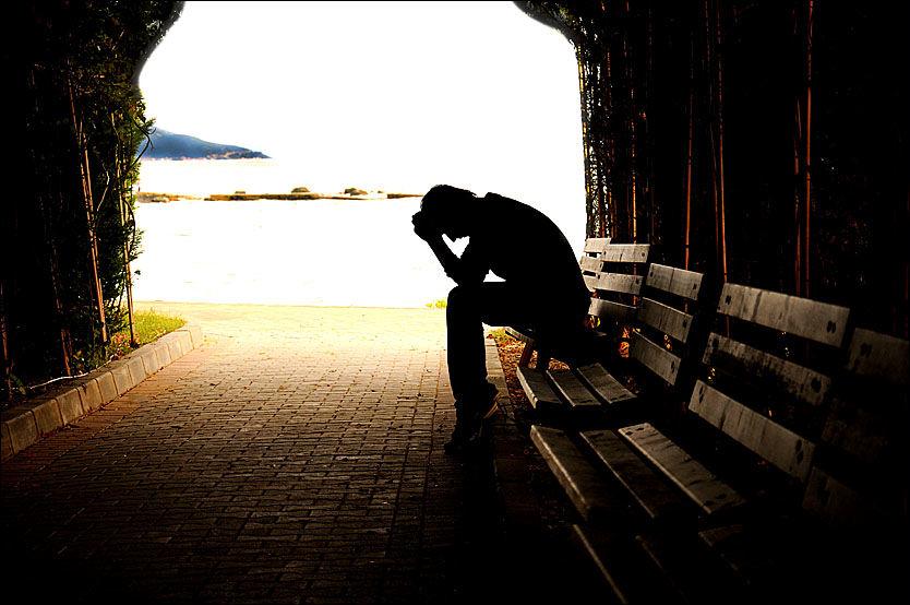 MØRKE TANKER: Landsforeningen for etterlatte ved selvmord synes det er skremmende at selvmord blant barn er så vanskelig å oppdage før det er for sent. Foto: NTB Scanpix