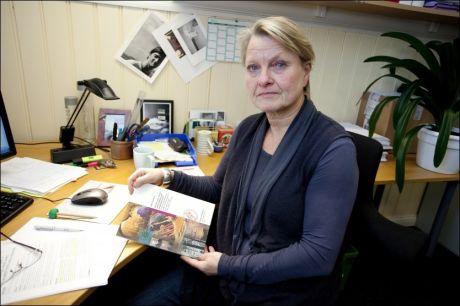 ÅRSAK: Forsker Anne Freuchen ved Sørlandet sykehus har intervjuet foreldre til 42 barn som tok sine liv. - En medvirkende årsak til selvmord er gjerne ting voksne mener er bagateller, sier Freuchen. Foto: PETTER EMIL WIKØREN