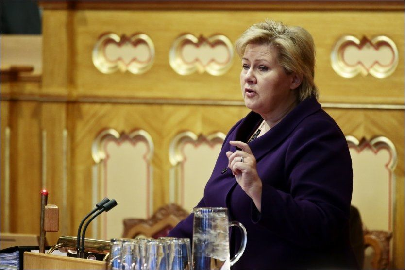 VIKTIG OPPFORDRING: Statsminister Erna Solberg mener det er viktig at innvandrerforeldre mobiliserer for å lære barna sine om hvilke konsekvenser en ransdom kan få for dem. Foto: NTB scanpix