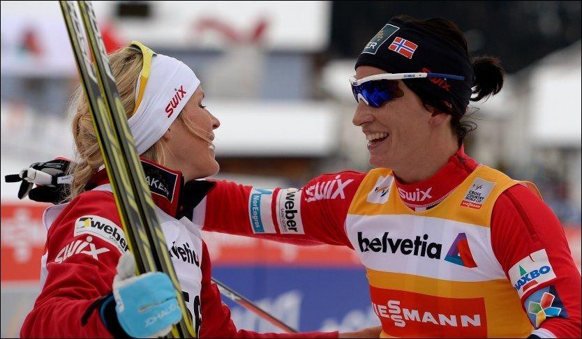 SEIER: Marit Bjørgen slo voldsomt tilbake at hun lå langt bak Therese Johaug tidlig på 15-kilometeren. Foto: NTB scanpix