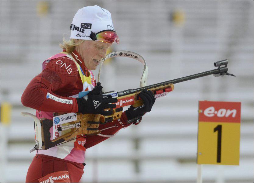 SLITER PÅ STANDPLASS: Tora Berger vant 11 verdenscuprenn forrige sesong. Denne sesongen har hun 21. plass som gjennomsnitt etter seks renn. Dette bildet er fra sesongåpningen i Östersund. Foto: Jostein Magnussen, VG