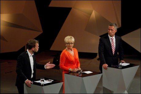 BLE IKKE PRIORITERT: Liv Signe Navarsete får i rapporten kritikk for sin innsats i partilederdebattene. Her debatterer hun sammen med Jens Stoltenberg (t.h.) og Audun Lysbakken i Arendal i sommer. Foto: LISE SKOGSTAD/VG