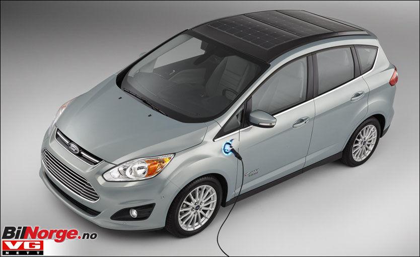 Ford er langt fra de første som prøver ut solcellepaneler på en bil. Men det virker som de har funnet en effektiv formel. Foto: Produsent