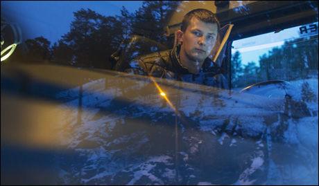 BLE VITNE: Martynas Varanius sto og ventet i kø da han begynte å filme helikopteret. Han syns ulykken var helt forderdelig. Foto: KYRRE LIEN/VG