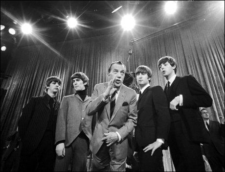TV-GJENNOMBRUDDET: 9. februar 1964 stilte The Beatles på The Ed Sullivan Show. Over 70 millioner amerikanere så på. Foto: Ap