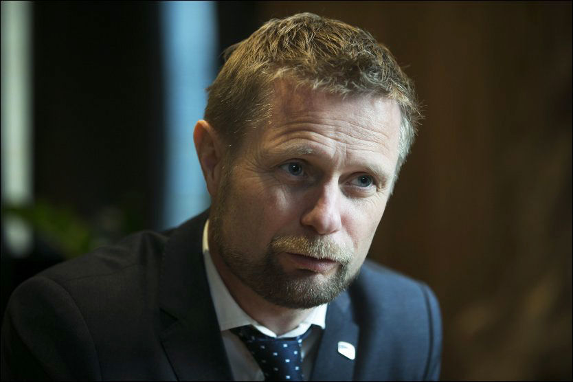 MØTER MOTSTAND: I forrige uke sendte helseminister Bent Høie (H) et forslag om reservasjonsadgang for fastleger ut på høring. Foto: JAN PETTER LYNAU/VG