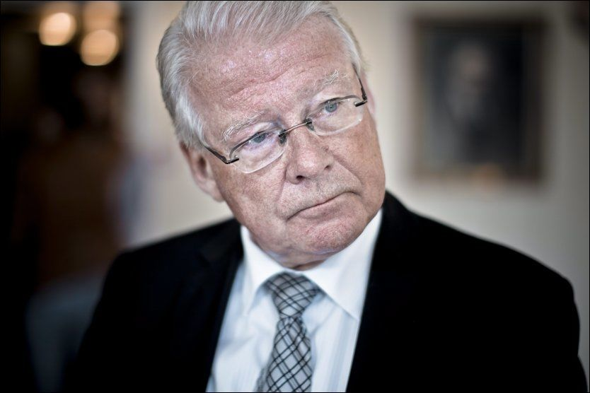 MISLYKTES? Carl I. Hagen (t.h.) mener byrådsleder Stian Berger Røsland og resten av Oslo har mislyktes med integreringen og norskopplæringen. Nå vil han ha sterke tiltak. Foto: Krister Sørbø/VG