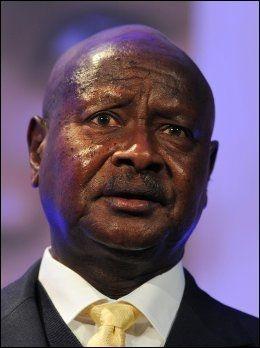 ANTIHOMOLOV: Ugandas president Yoweri Museveni undertegnet mandag en ny lov som forbyr homofili og truer homofile med livsvarig fengsel. Foto: AP