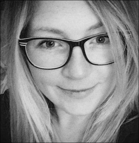 «ET RAN»: Eline Garmaker, tekstforfatter og designer, er kritisk til at kvinner velger å være hjemmeværende. Foto: PRIVAT