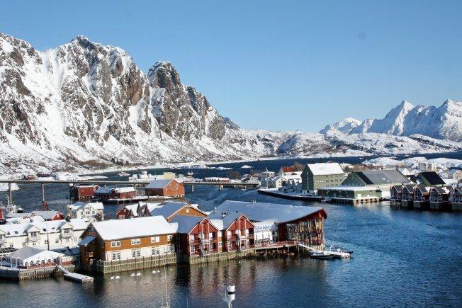LOFOTEN: Nordmenn reiser mest både til utlandet og i eget land. Foto: DAG FONBÆK