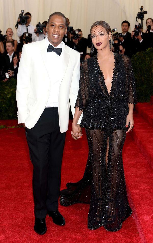 7e4b5e10 MUSIKKPAR: Jay Z og Beyoncé kom sammen på årets Met Galla. Mens hip  hop-stjerne Jay Z var ulastelig antrukket i en haute couture-smoking fra  Givenchy, ...