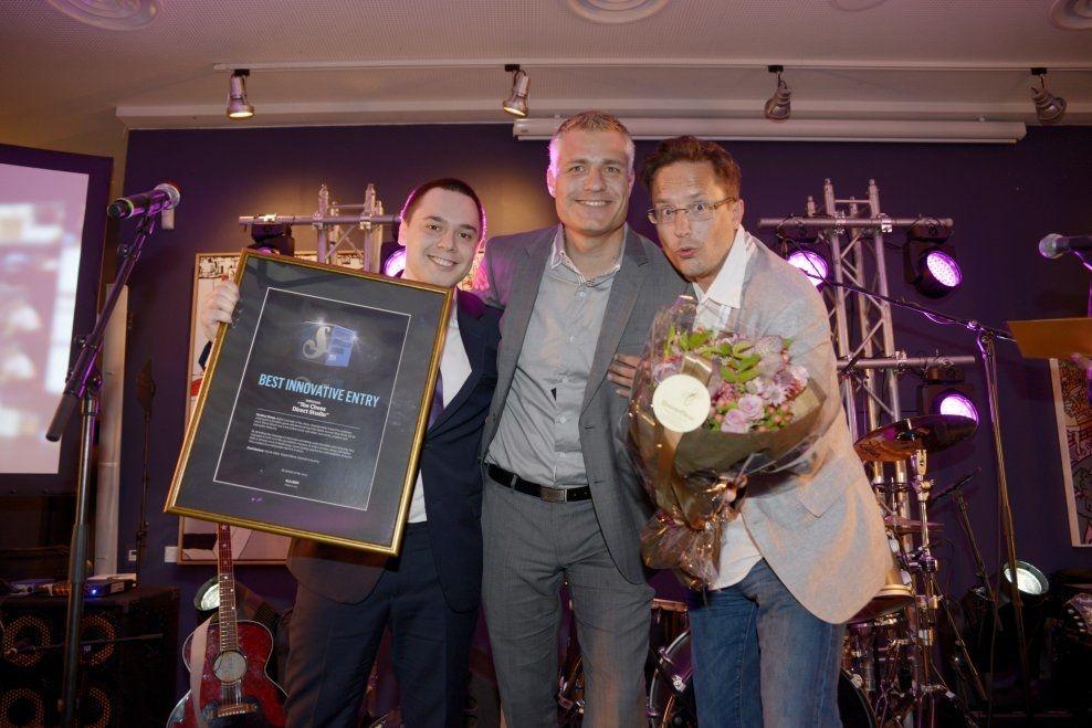 HENTET PRIS: (f.v) Vegard Stene, Henrik Odiin, Kenneth Lauveng. Foto: ROBERT EIK