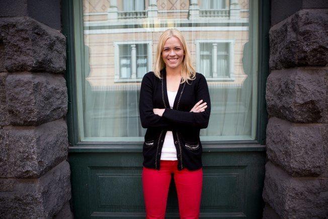 NRK: Carina Olset jobber som i sporten i NRK. Hun har mottatt flere hetsbrev, men de tidligere brevene har ikke vært så ille som dette sier hun til VG. Foto: Terje Bingedal