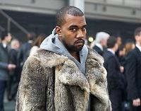 Kanye West raser mot paparazzier