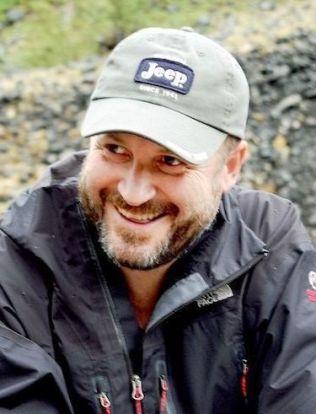 <p>TOK FARVEL: Fridtjof Kjæreng fulgte Børre Knudsen tett i to år i forbindelse med dokumentarfilmen «En prest og en plage». Han fikk tatt farvel med Knudsen for tre dager siden.<br/></p>
